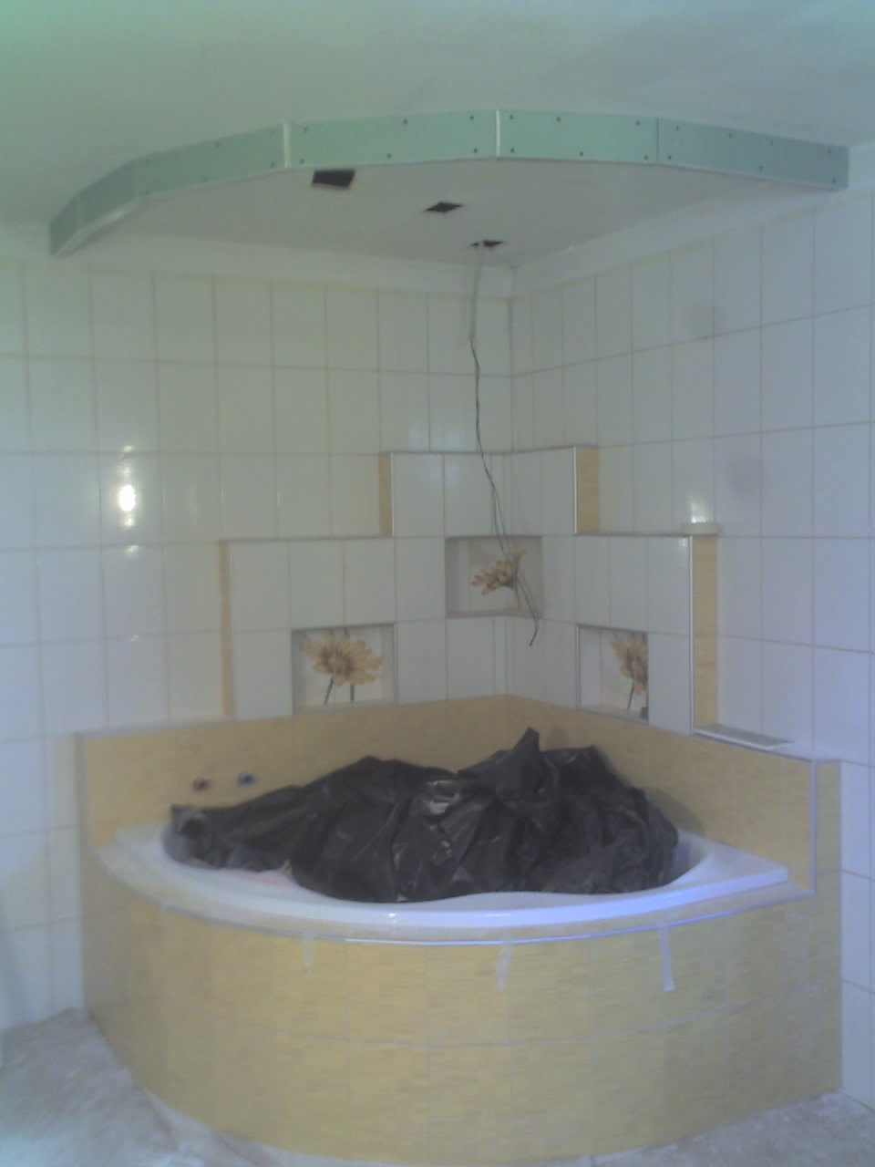 fürdő kád menyezet