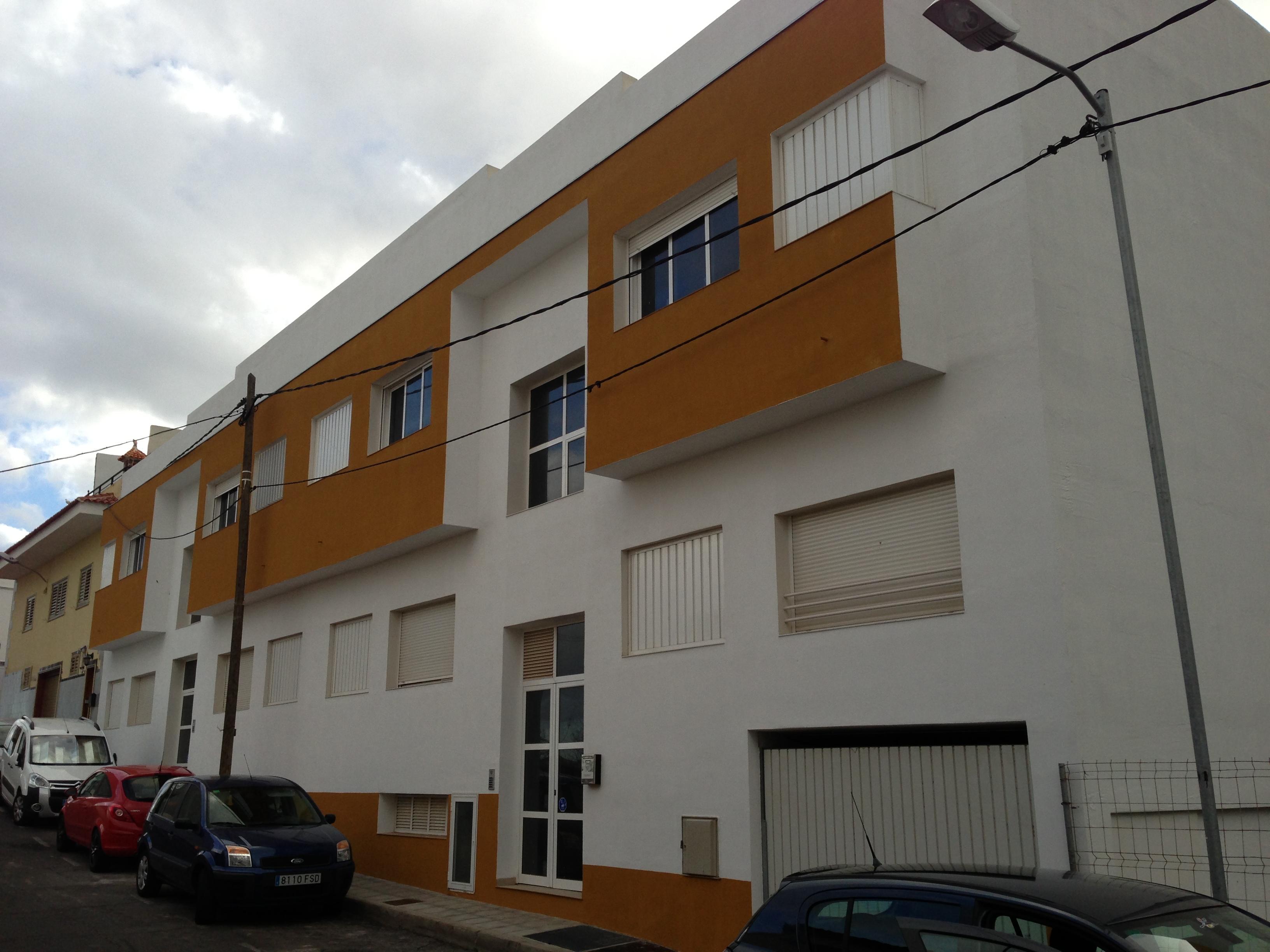 homlokzatok - LALA-ÉP 97 Bt. - Tenerife
