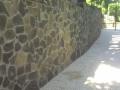 Kő burkolatu kerítés