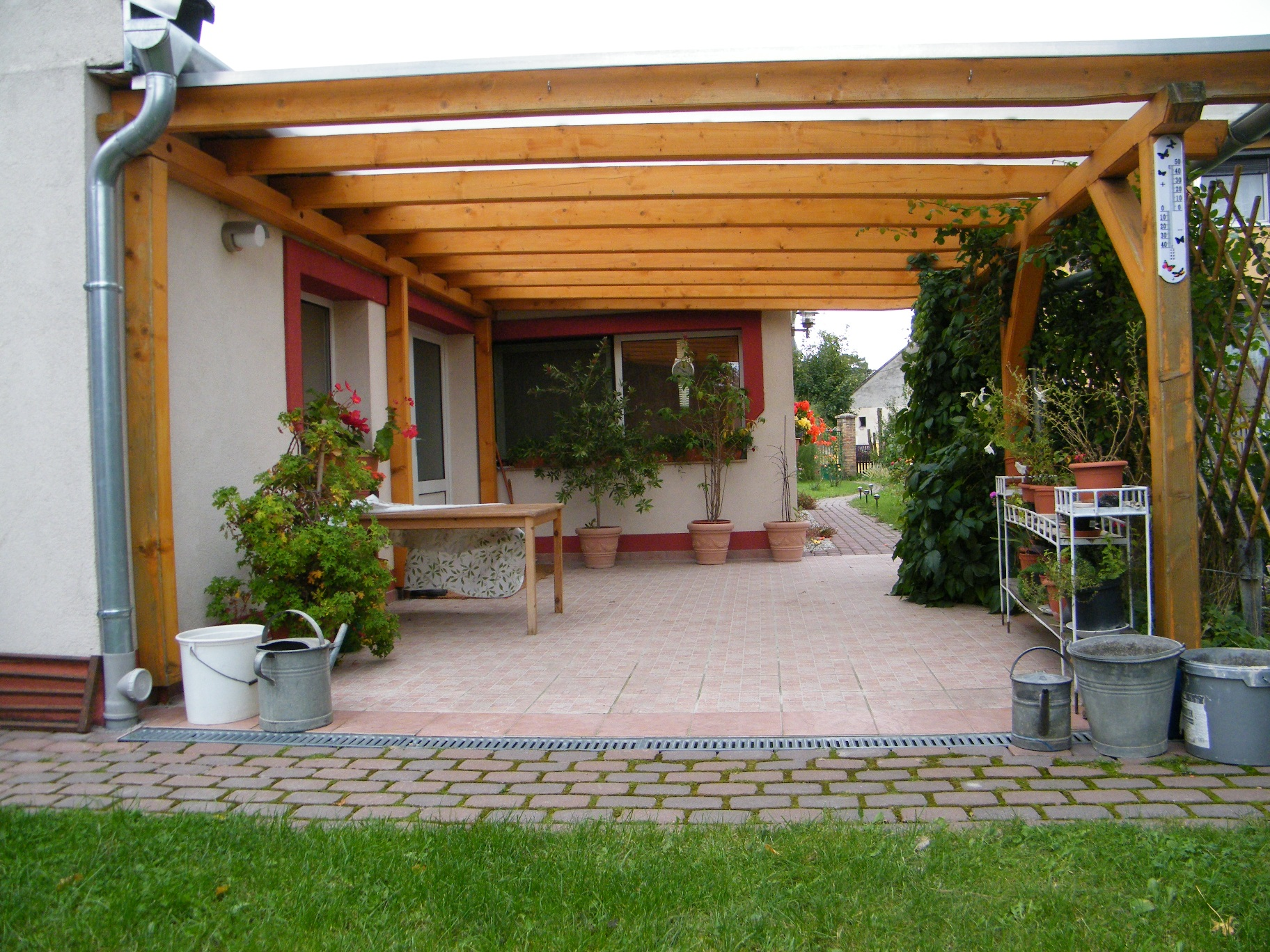 Térkő, kert, pavilon - LALA-ÉP '97 Bt. (4)